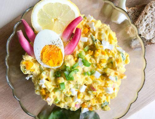 Jajčna solata s kurkumo