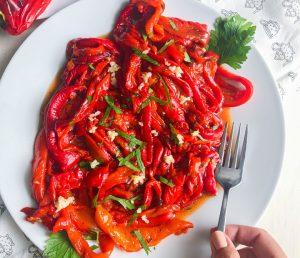 solata iz pečene paprike