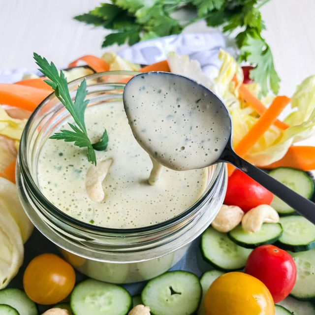 Yummy salad 🥗😍 dressing recipe that I bet you will love this summer! Super easy to make and tastes really delicious.  Main ingredient is cashew butter from @malincanastja .😋  What is the number 1 ingredient that you like to use in your salad dressings❓   👉 Check out the recipe below and tag a friend who would love this recipe.👈   Recept v 🇸🇮 bo kmalu na blogu (link v bio).👍   Let me know if you will make this by tagging me @t_as_tasty, so I can see it. ☺️  ✨ Cashew salad dressing ✨   Ingredients: 3 tablespoons of cashew butter 3 tablespoons of lemon juice 3 sprigs of fresh parsley ½ teaspoons of salt Black pepper 1 dl of water Instructions: Place the parsley, cashew butter and lemon juice in a narrow tall bowl, add water, salt and pepper to taste and blend into a smooth texture with a stick mixer. Serve immediately over salad of your choice or refrigerate for later. Time - 2 minutes Quantity - 1-2 servings